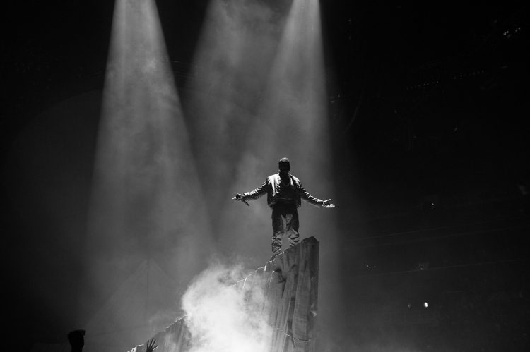 a-look-at-kanye-wests-yeezus-tour-at-the-barclays-center-4
