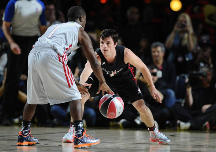 SPRINT-NBA-ALL-STAR-CELEBRITY-GAME-2-15-2013-Q-josh-hutcherson-33648395-3000-2122